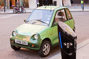 G-Wiz electric car on the streets of London, England, UK, December 2009. - Ashley Cooper
