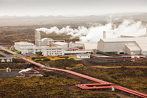 Capturing geothermal steam from boreholes to power the Svartsengi geothermal power station in Keflavik near Reykjavik in Iceland. September 2010. The power station produces electricity and supplies ho... - Ashley Cooper