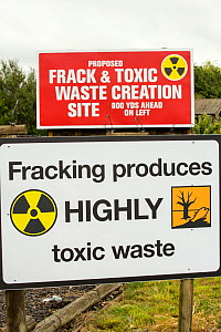 Protest banner against fracking at a farm site at Little Plumpton near Blackpool, Lancashire, UK, where the council for the first time in the UK, has granted planning permission for commercial frackin...  -  Ashley Cooper