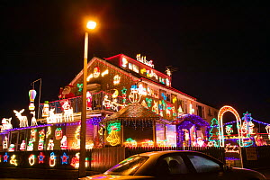 Christmas decorations on a house in Clitheroe, Lancashire, England, UK, December 2005. - Ashley Cooper