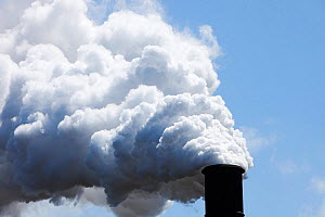 Emissions from the Bluescope steel works at Port Kembla, Wollongong, Australia. February 2010. - Ashley Cooper