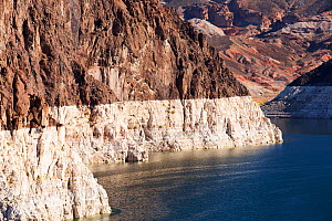 Lake Mead at a very low level due to the four year long drought. Lake Mead, Nevada, USA. September 2014. - Ashley Cooper