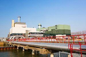 The Diemen combined heat and power plant on the outskirts of Amsterdam, Netherlands is operated by Nuon energy. It is a combined cycle gas turbine that produces 435 Megawatts of power and also 260 meg...  -  Ashley Cooper
