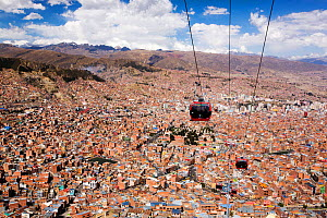 Modern cable car system in La Paz, Bolivia. October 2015.  -  Ashley Cooper