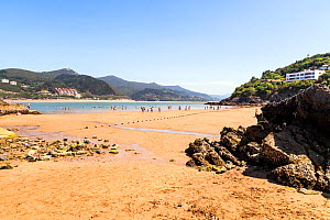Beach at Mundaka, Basque Country, Spain, July 2015.  -  Merryn Thomas