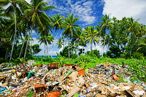 Rubbish on Funafuti Atoll, Tuvalu. March 2007  -  Ashley Cooper