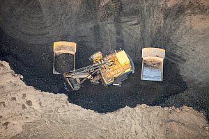 Tar sands deposits being mined north of Fort McMurray, Alberta, Canada. August 2012  -  Ashley Cooper