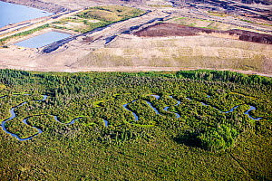 Tar sands deposits mining north of Fort McMurray, Alberta, Canada.  August 2012 - Ashley Cooper