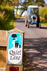 Quiet lane in the Hodder Valley in Lancashire, England, UK. This  initiative encourages motorists to drive slowly as the road is used by walkers and cyclists. - Ashley Cooper
