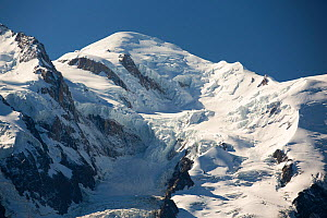 Mont Blanc above Chamonix, French Alps, France. September 2014.  -  Ashley Cooper