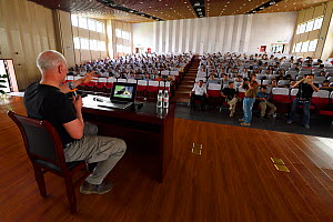 Photographer Staffan Widstrand giving a presentation at The Teacher's College in Manshi, China, May. - Staffan Widstrand / Wild Wonders of China