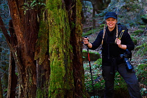 Lisa Widstrand, Wild Wonders of China, hiking with a camera  along the pilgrimage route around Meili Snow Mountain, Yunnan, China, October 2017.  -  Staffan Widstrand / Wild Wonders of China