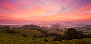 Sunrise over Colmer's Hill, Bridport, Dorset, England, UK. September 2011. - Guy Edwardes