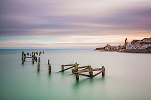 Old Swanage Pier, Swanage, Isle of Purbeck, Dorset, England, UK. December 2014.  -  Guy Edwardes