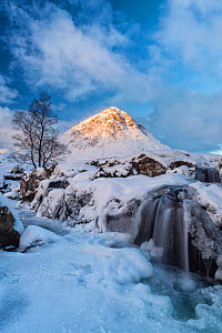 Buachaille Etive Mor in snow, Rannoch Moor, Highlands, Scotland, UK. January 2015. - Guy Edwardes