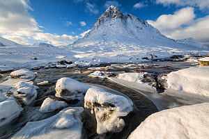 Buachaille Etive Mor in winter, Rannoch Moor, Highlands, Scotland, UK. January 2015. - Guy Edwardes