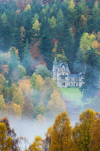 Bonskeid House, traditional Scottish country house, Linn of Tummel, Pitlochry, Perthshire, Scotland, UK. October 2013. - Guy Edwardes