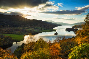 Queen's View, Loch Tummel, Perthshire, Scotland, UK. October, 2014. - Guy Edwardes