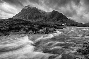 River Etive with isolated cottage beneath Buachaille Etive Mor, Rannoch Moor, Glen Coe, Highlands, Scotland, UK. November, 2013. - Guy Edwardes