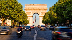 Timelapse of cars on the Champs-Elysees in front of the Arc de Triomphe, Paris, FranceMay 2016. (This image may be licensed either as rights managed or royalty free.) - Gavin Hellier