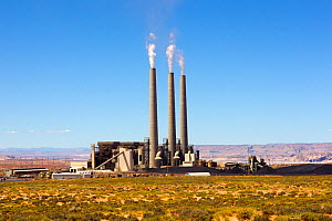Navajo Generating Station, an coal fired power plant, Arizona, USA. April. - Sylvain Cordier
