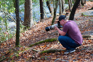 Photographer Oliver Hellowell working in The Smoky Mountins, Tennessee, November 2017  -  Oliver Hellowell