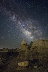 Milky Way over sandstone rock badlands of the Upper Fruitland Formation. Ah-Shi-Sle-Pah Wilderness Study Area, New Mexico, USA. May 2018.  -  Jeff Vanuga