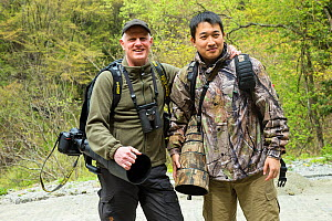 Staffan Widstrand and Wu Yin head out for another day of photography in the field for Wild Wonders of China. April 2015.  -  Jed Weingarten / Wild Wonders of China
