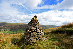 Cairn in the Vale of Ewyas, Bwlch Bach, Brecon Beacons National Park, Breconshire, Wales, October 2018.  -  Will Watson