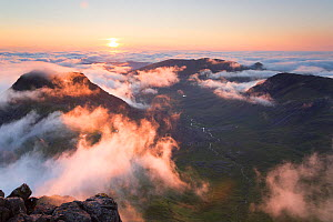 Evening view from Askival mountain over inversion layer and the Atlantic corrie, Isle of Rum, Hebrides, Scotland, UK, September.  -  SCOTLAND: The Big Picture