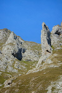 Pica de Balbin and Pena Fresnidiello limestone peaks above the Vega Fresnidiello, near Sotres, Picos de Europa, Asturias, Spain, August 2016.  -  Nick Upton