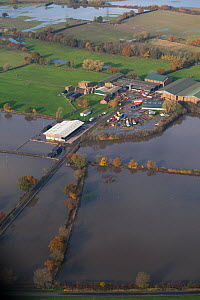 Aerial view of a flooded farm, Fishlake, South Yorkshire, UK. November 2019. - David  Woodfall