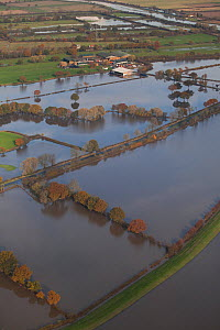 Aerial view of Fishlake, South Yorkshire with floods from River Don, South Yorkshire, UK. November 2019. - David  Woodfall