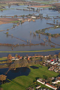 Aerial view of River Don showing flooded areas, Fishlake, South Yorkshire, UK. November 2019. - David  Woodfall