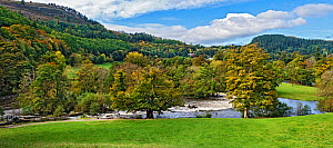 Horseshoe Falls on River Dee, view of wooded hills to west. Llangollen, Denbighshire, Wales, UK. November 2018. - Alan  Williams