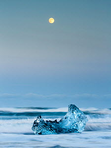 Ice sculptures and full moon. The ice comes from the Jokulsarlon Glacier close by. Iceland 2016 - Espen Bergersen