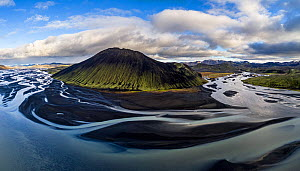 Aerial view of Stakihnukur mountain and river delta. Soutnern Iceland  -  Espen Bergersen