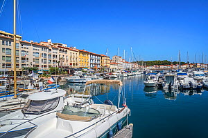 Pleasure boats in marina / yacht basin at Port-Vendres, Mediterranean fishing port along the Cote Vermeille, Pyrenees-Orientales, France. September 2018 - Philippe Clement