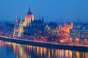 Parliament Building reflected in River Danube at dusk, Budapest, Hungary, December 2005.  -  Guy Edwardes