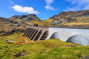 Dam at Llyn Stwlan used for pumped storage hydroelectricity generation situated in the Moelwyn Mountains above Tanygrisiau reservoir near Blaenau Ffestiniog, North Wales, UK, April 2018.  -  Alan Williams
