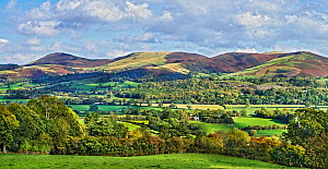 View across the Vale of Clwyd to the southern part of the Clwydian mountain range, with Moel y Llanfair on the left to Moel y Waun on the right, North Wales, UK October 2019.  -  Alan Williams