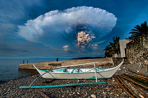 Eruption of Taal Volcano viewed from Anilao in Batangas, Philippines. January 12, 2020  -  Magnus Lundgren