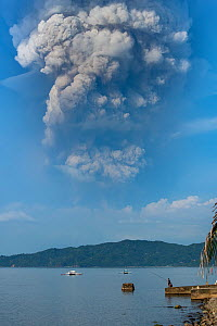 The eruption of Taal Volcano viewed from Anilao in BatangasThe Philippines 12 January 2020). The main crater that threw ashes across Central Luzon and Manila regions.  -  Magnus Lundgren