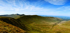 Cwm Oergwm corrie and glacial valley of Devonian red sandstone, view towards peaks of Fan y Big, Cribyn, Pen Y Fan and Corn Du. Brecon Beacons National Park, Wales, UK. May 2019.  -  Graham Eaton