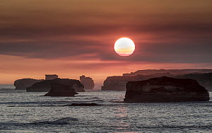 Sunset over The Bay of Martyrs. Bay of Islands Coastal Park, Nullawarre on the Great Ocean Road, Victoria, Australia. May, 2015  -  Doug Gimesy