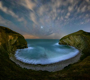 Pondfield Cove at night with the Milky Way, Jurassic Coast World Heritage Site, Isle of Purbeck, Dorset, England, UK. August 2020  -  Guy Edwardes