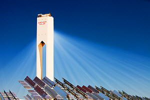 The PS20 solar thermal tower - part of the Solucar solar complex owned by Abengoa energy, in Sanlucar La Mayor, Andalucia, Spain. The site has solar tower, parabolic trough and photovoltaic solar tech...  -  Ashley Cooper