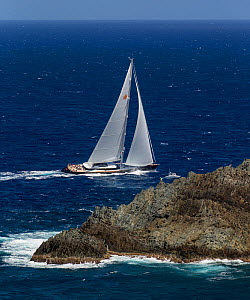 Mega yacht sailing around the island in St. Barths during the Bucket Regatta, March 2013, Caribbean. All non-editorial uses must be cleared individually.  -  Onne van der Wal