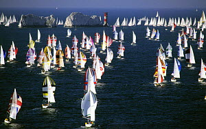 Fleet taking part in the annual Round the Island Race arrive at the Needles, Isle of Wight, 1998.  -  Rick Tomlinson