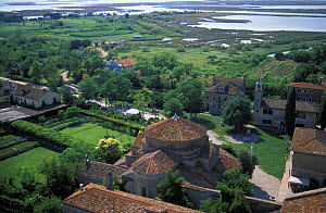 Torcello and the church of Santa Fosca, Venetian lagoon, Italy.  -  Roberto Rinaldi
